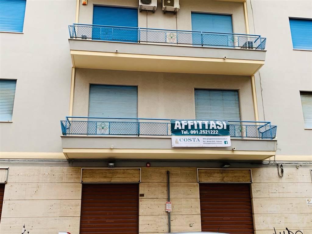 Trilocale in Via Smiriglio  1/d, Palermo
