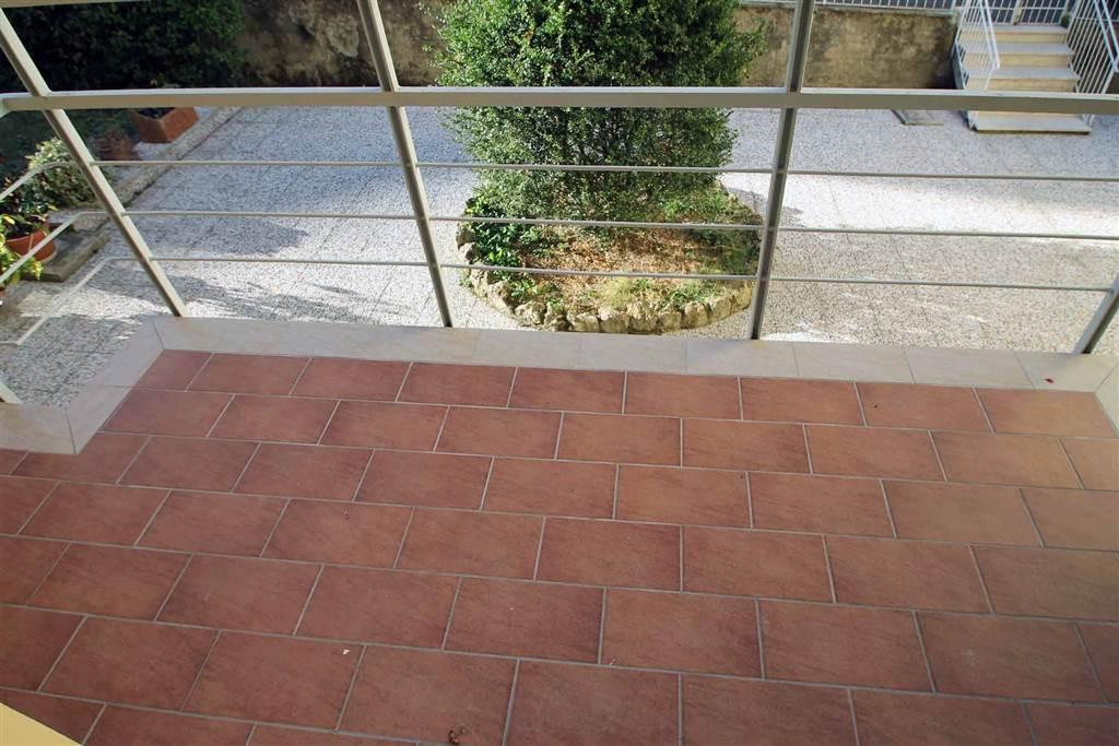 3807-altro balcone