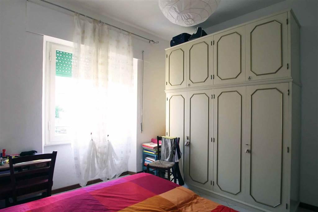 3807-altra camera2