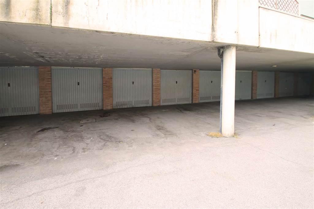 7171-accesso garage