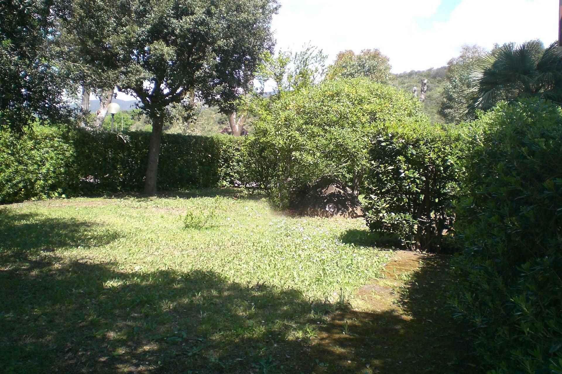 R11-giardino