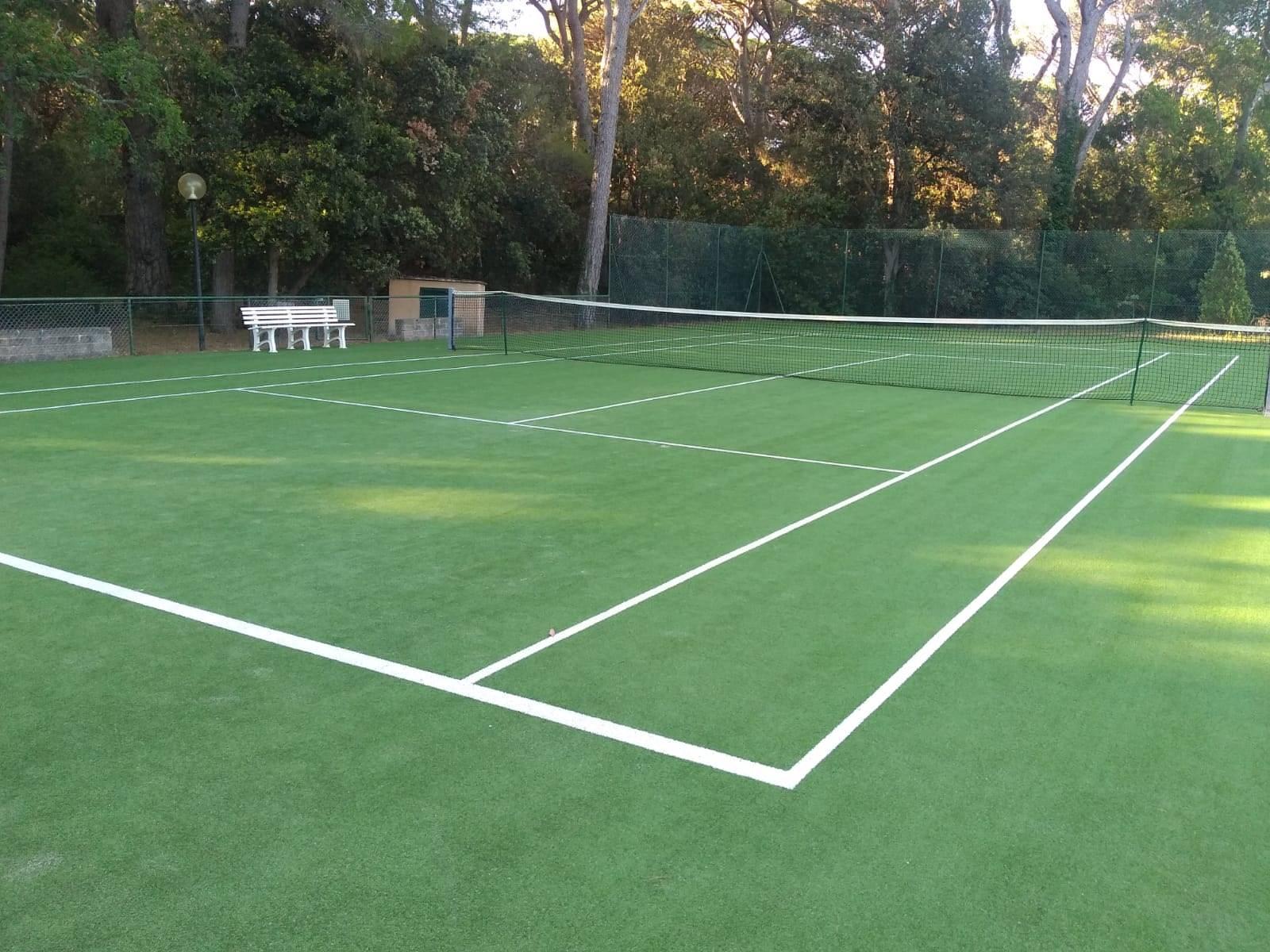 R11-campo tennis