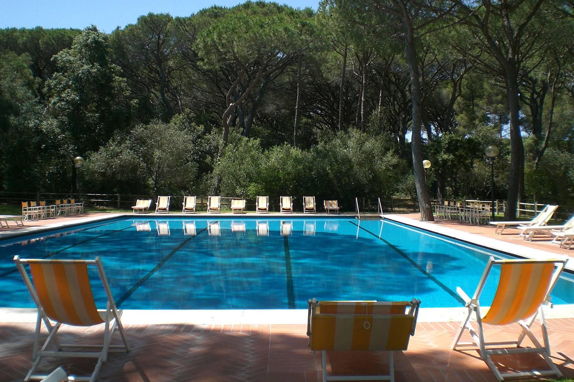 R11-piscina1