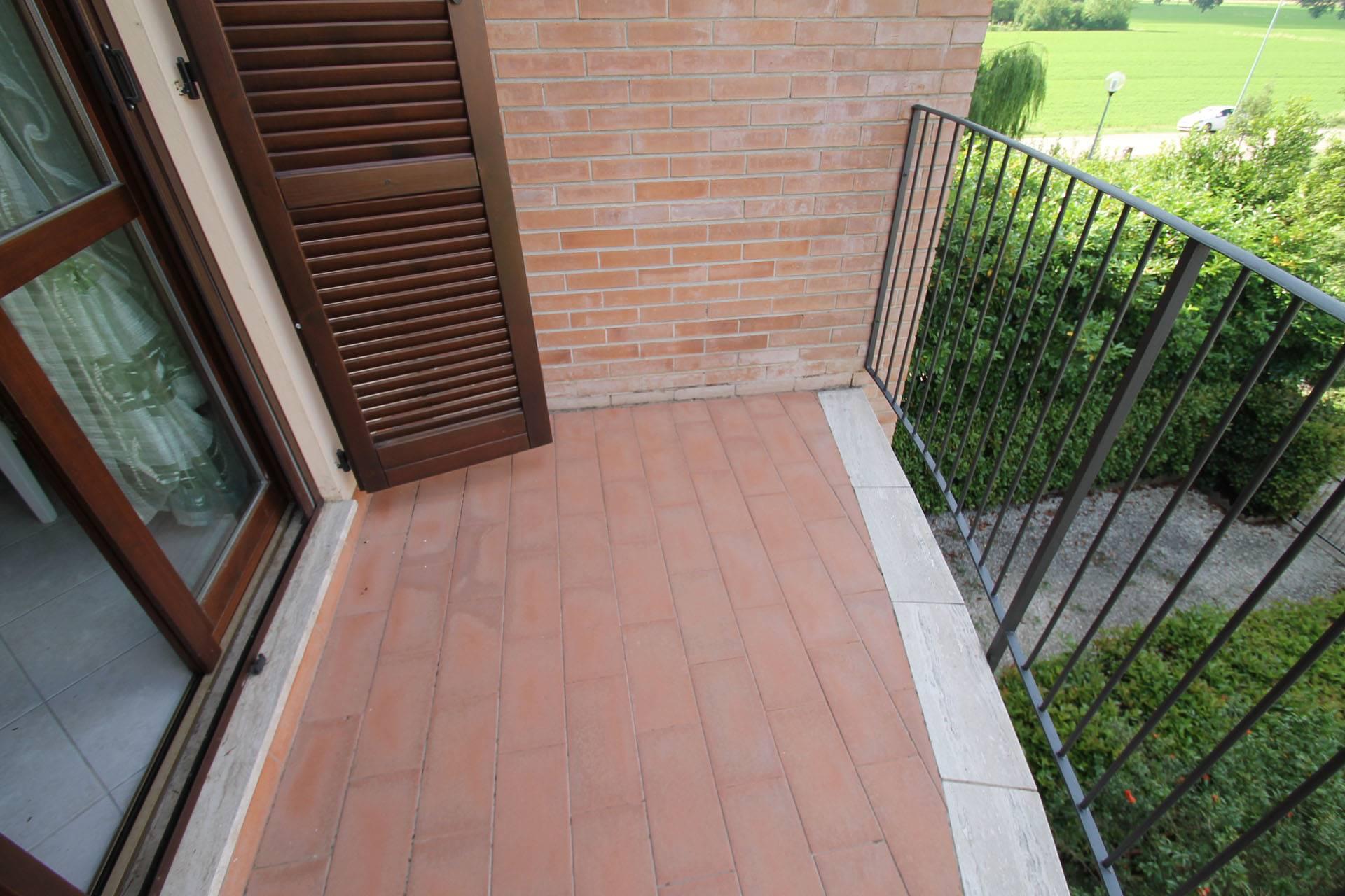 R14-balcone zona giorno