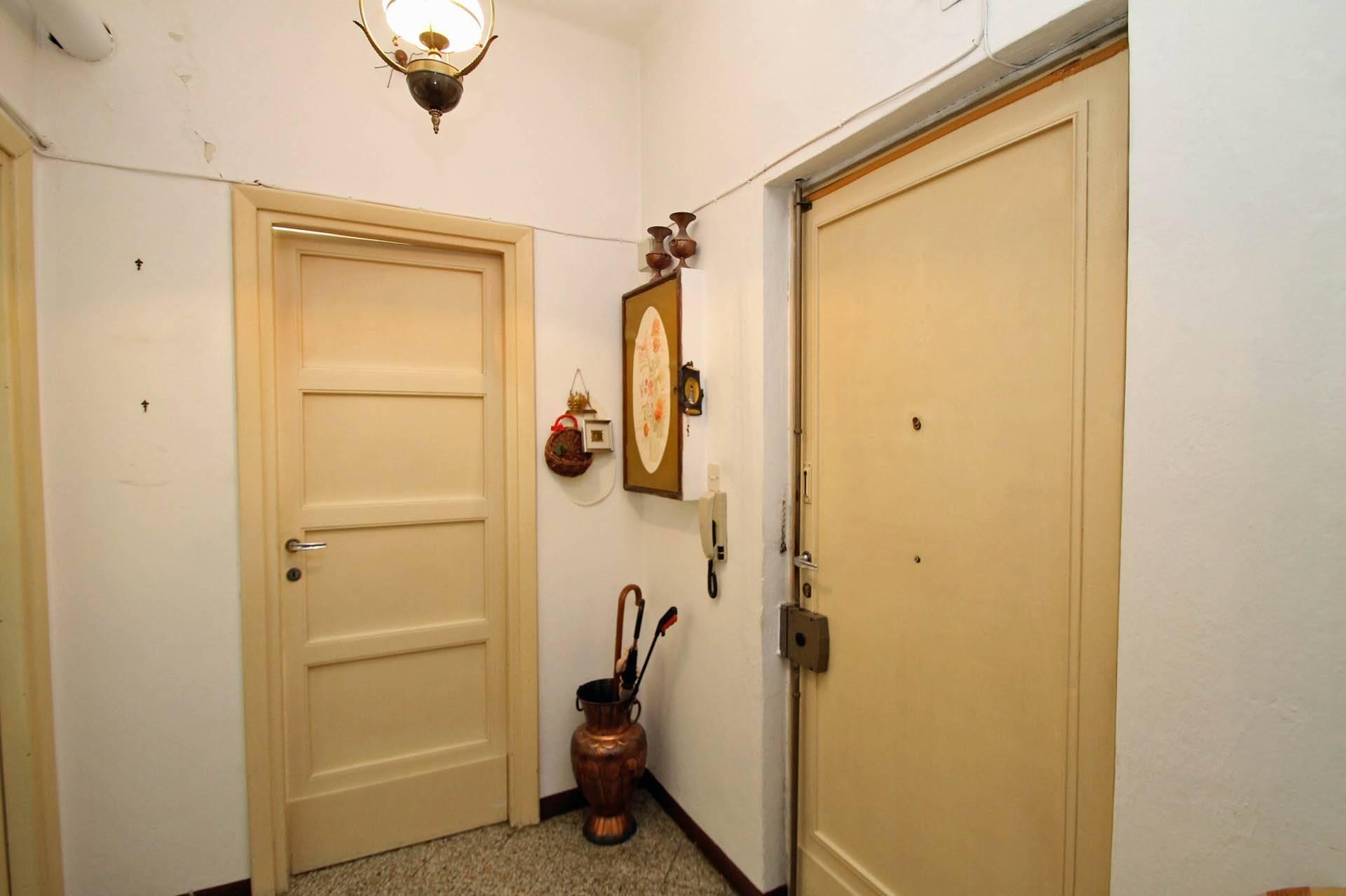 R/24_portone ingresso