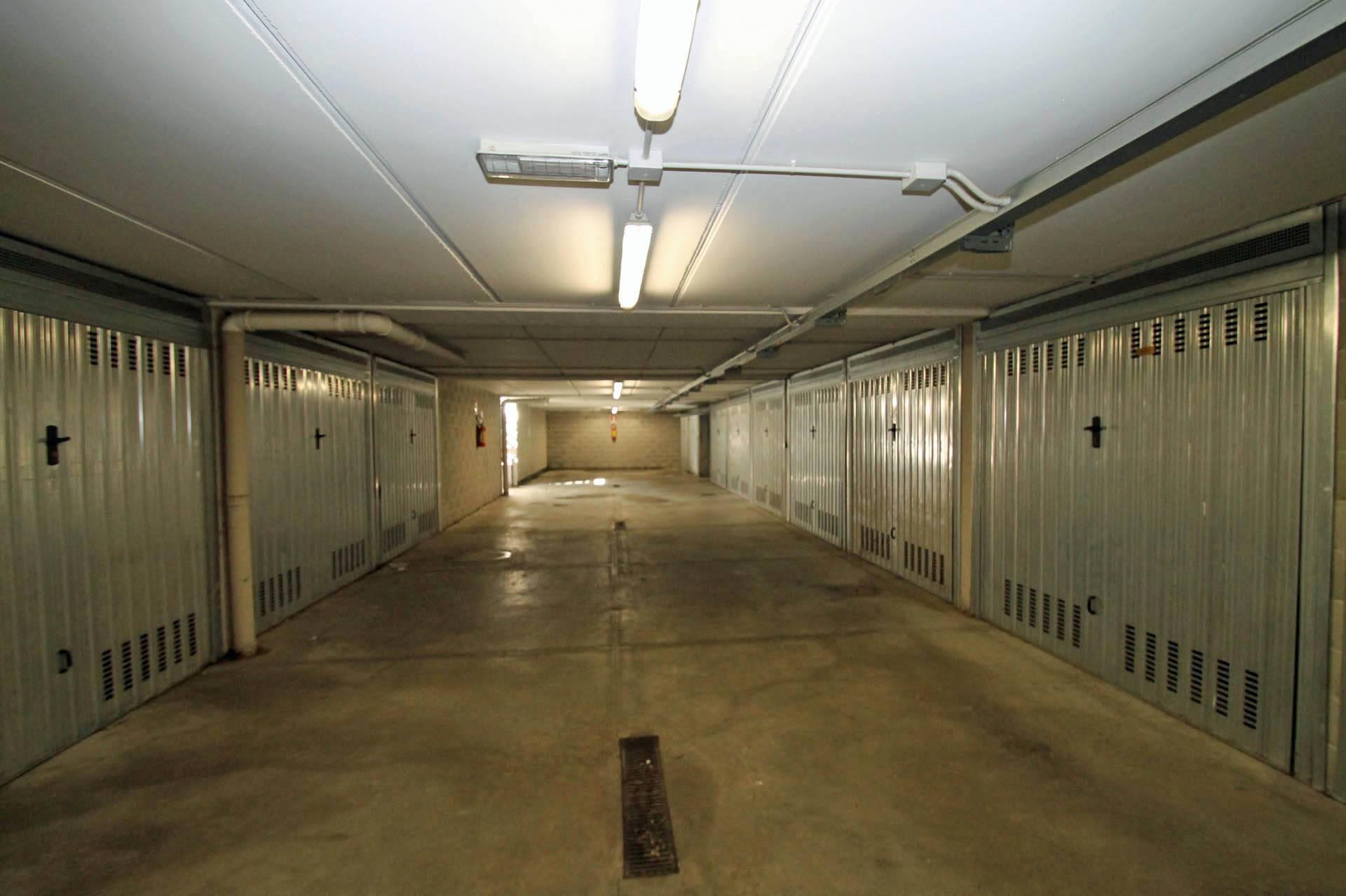 R43-garage condominiali