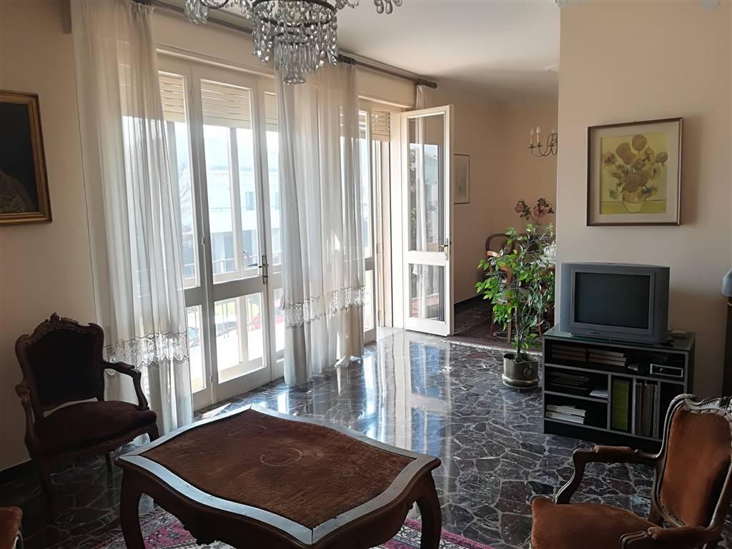 Appartamento in Via Lucca, Basso Isonzo, Padova