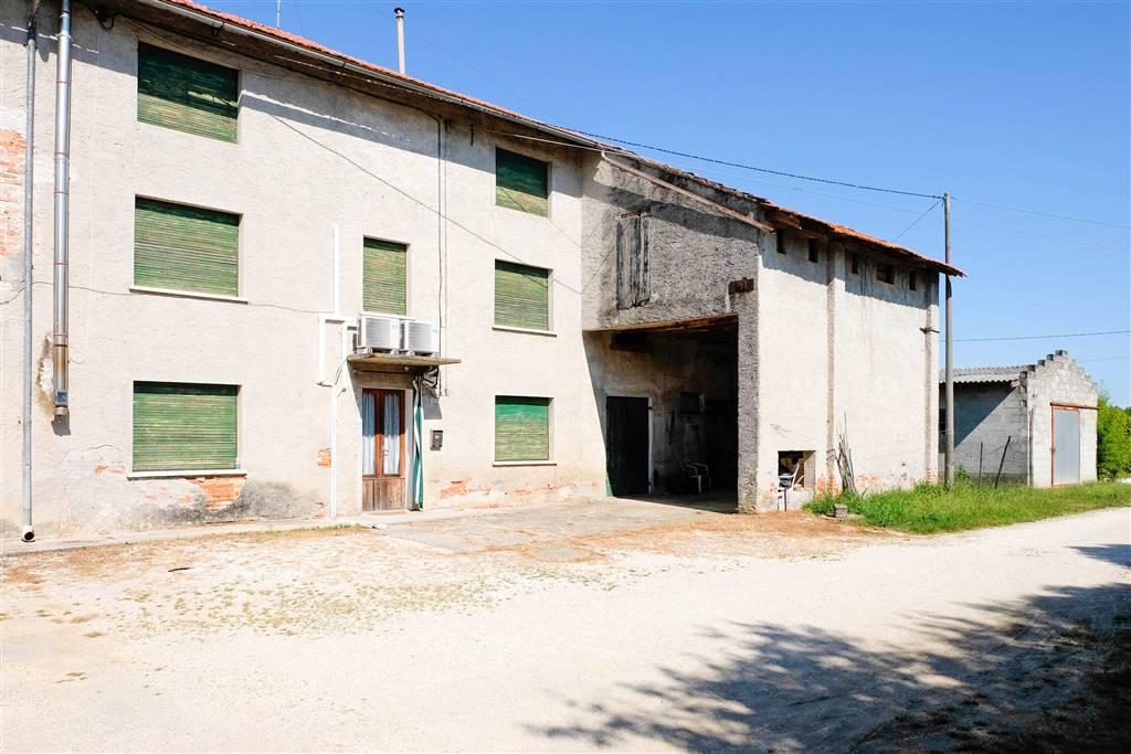 Rustico casale in Via Bosco Di Rivarotta 18, Pasiano Di Pordenone