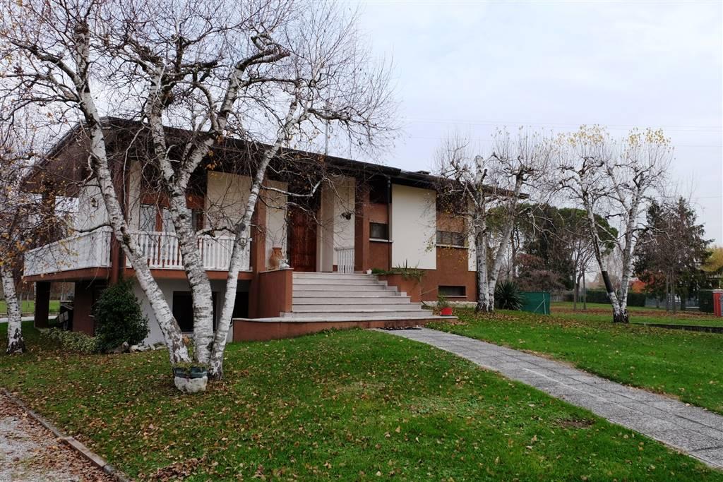Casa semi indipendente, Chions