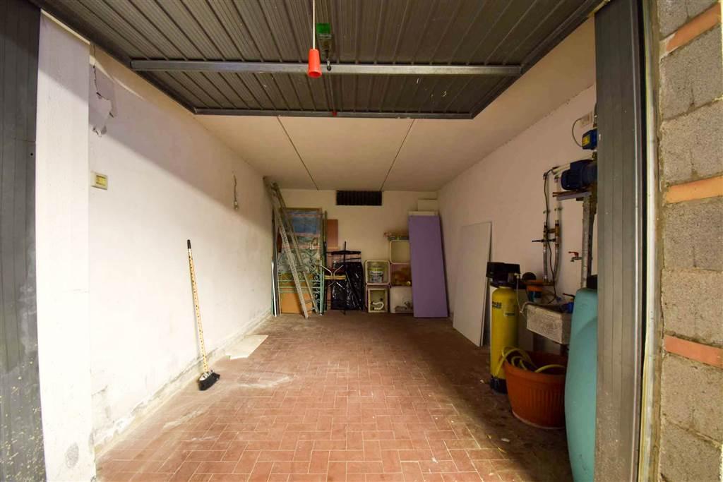 29-garage