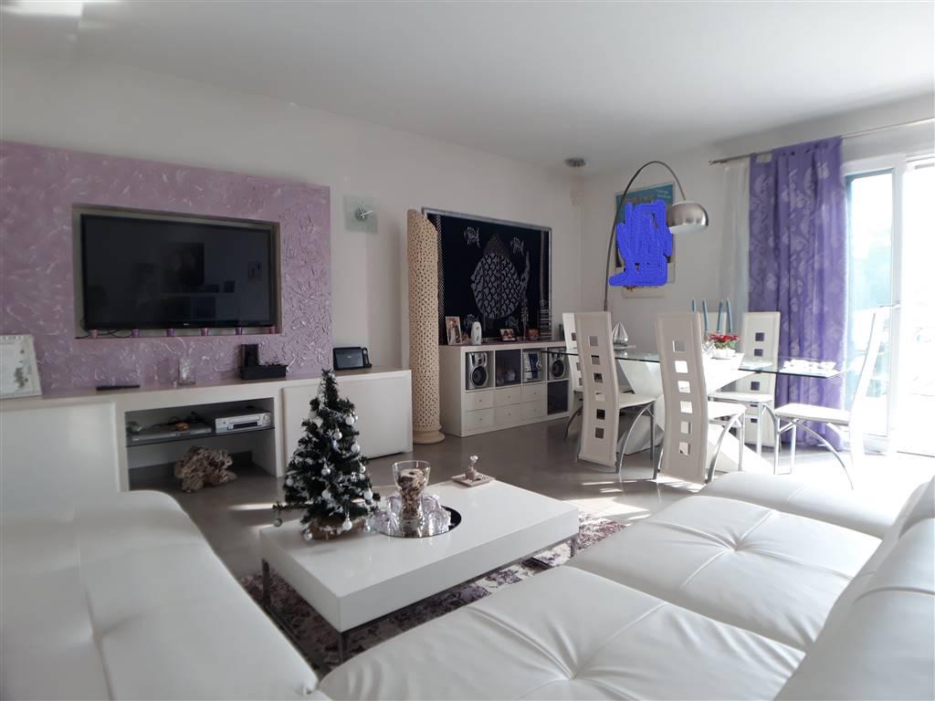 Appartamento, Mare, Pesaro, in ottime condizioni