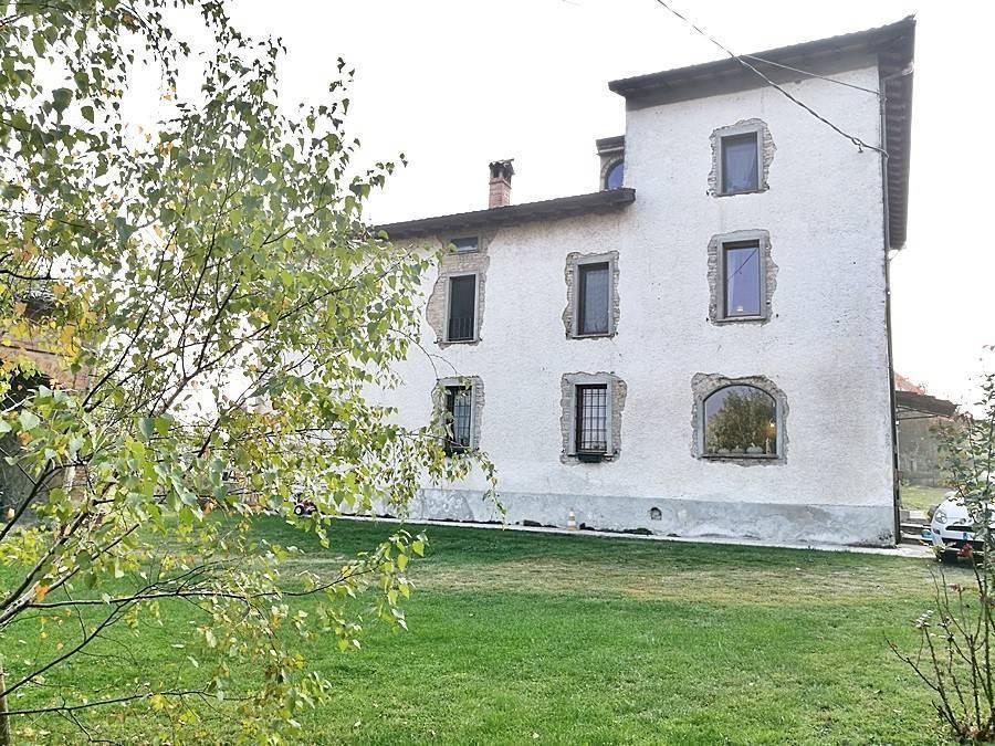 Rustico casale, Santa Margherita, Fidenza, in ottime condizioni