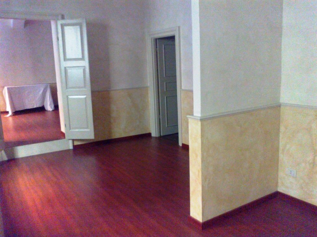 Bilocale, Centro Storico, Parma, in ottime condizioni