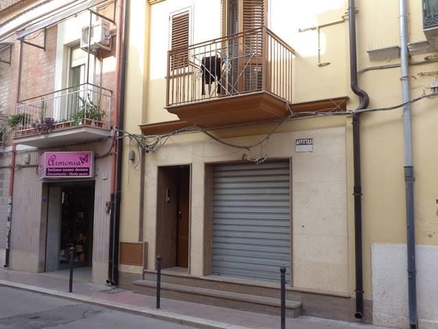 Locale commerciale, Centro Storico, Foggia
