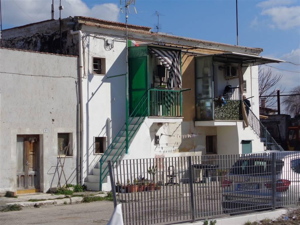 Monolocale, Periferia-popolari, Foggia