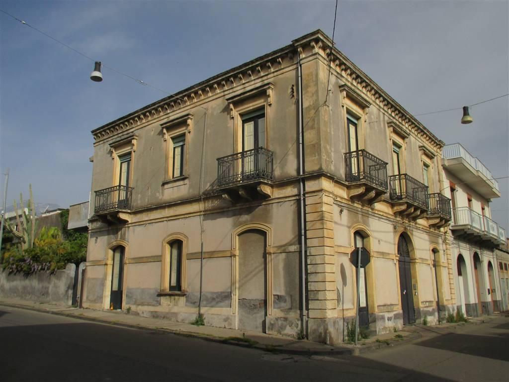 Casa singola in Via Piave 21, Riposto