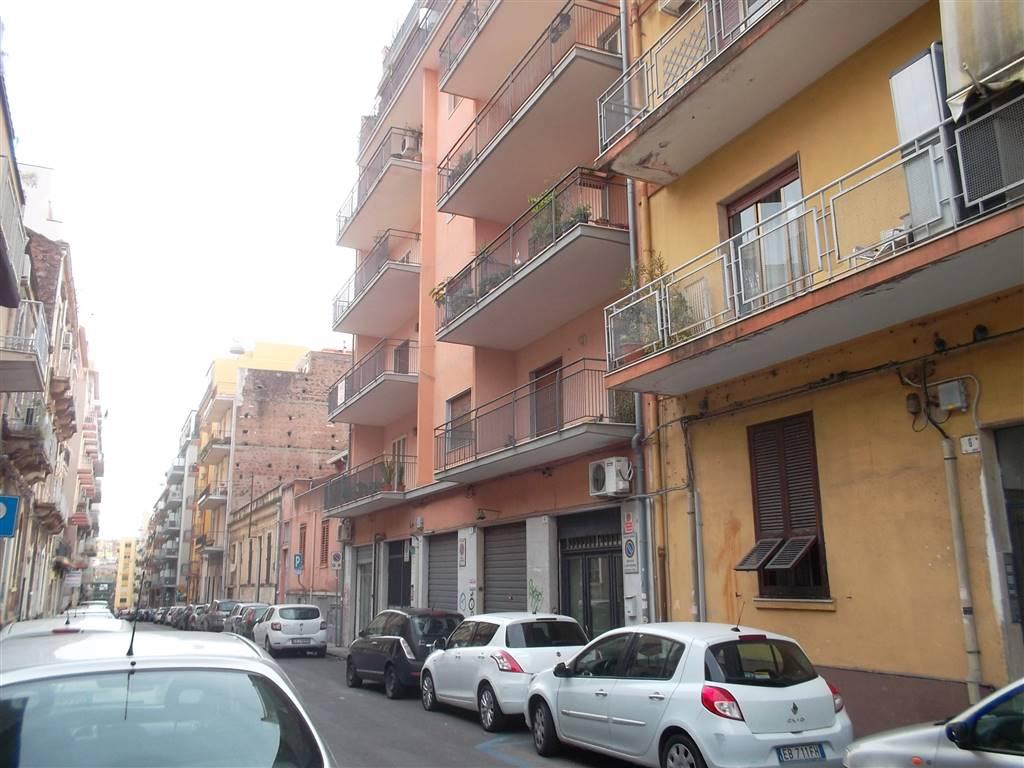 Appartamento in Via Genova, Catania