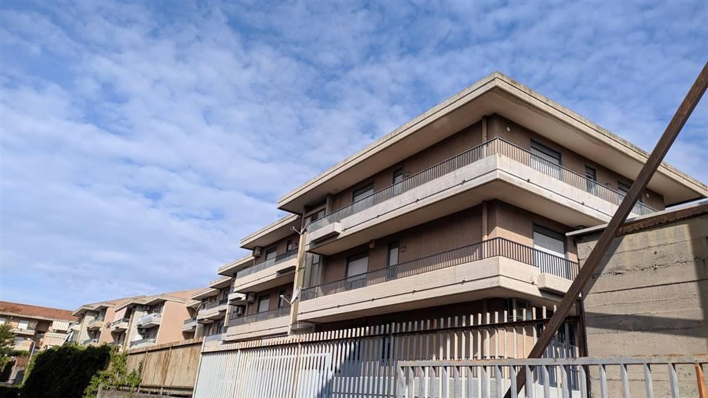 Trilocale in Via Armando Diaz 23, Cibali, Catania
