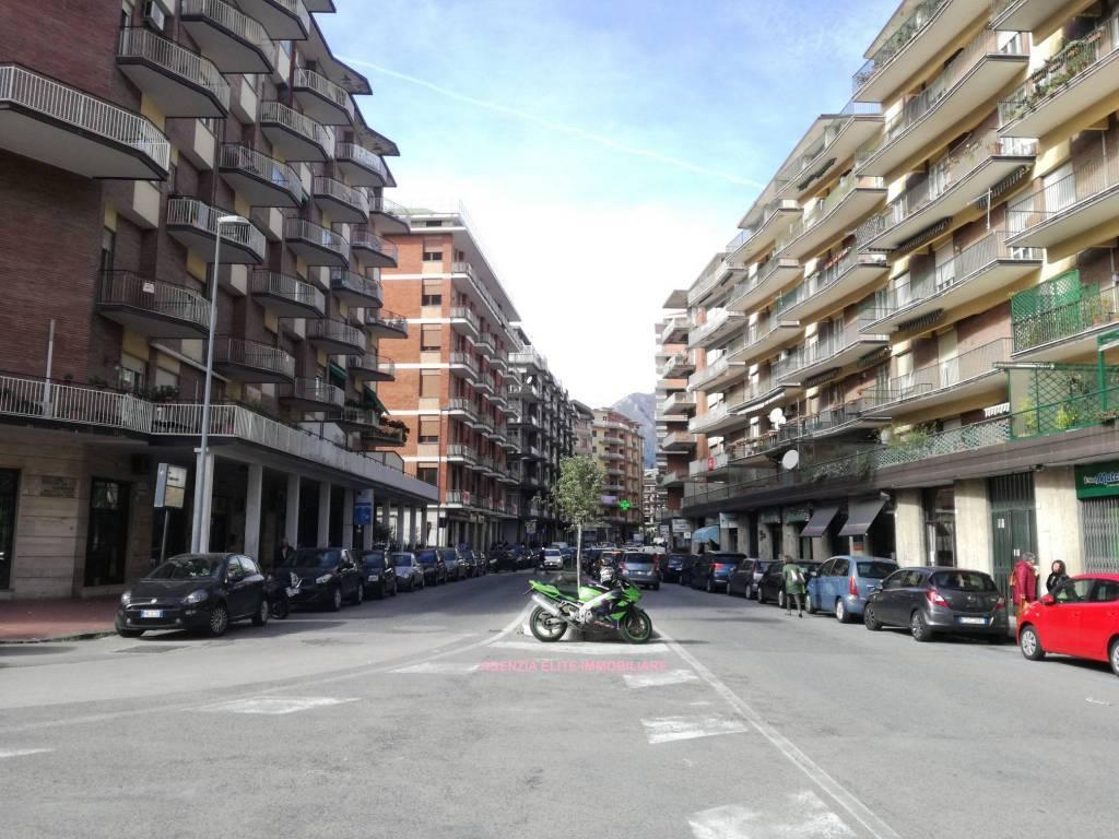 Trilocale, Baccanico, Avellino