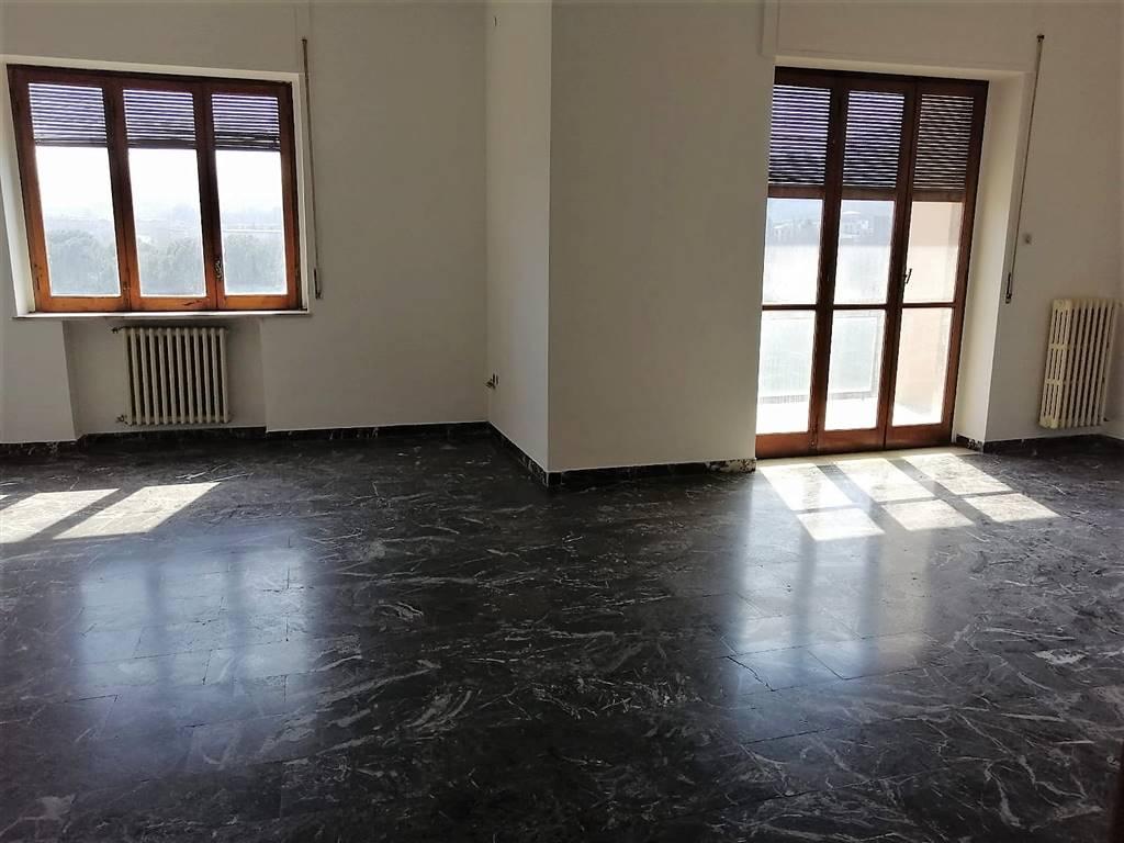 Appartamento, Corso Europa, Avellino, abitabile