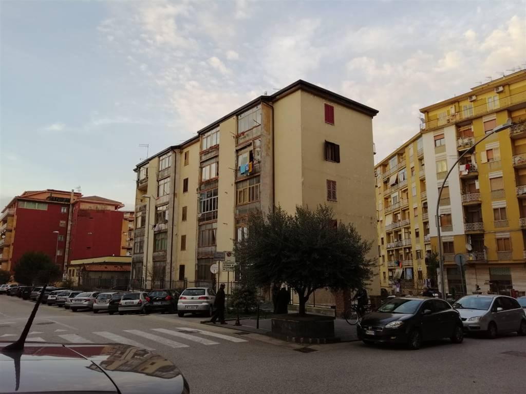 Trilocale in Via Piave ,5, Via Piave, Avellino