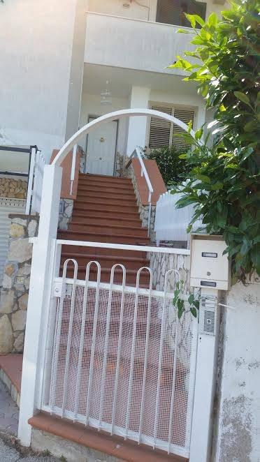 Casa semi indipendente in Via Monticelli, San Mango Piemonte