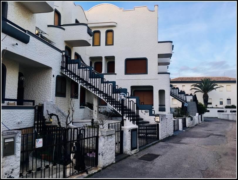 Appartamento indipendente in Via Figlia Di Iorio, Francavilla Al Mare