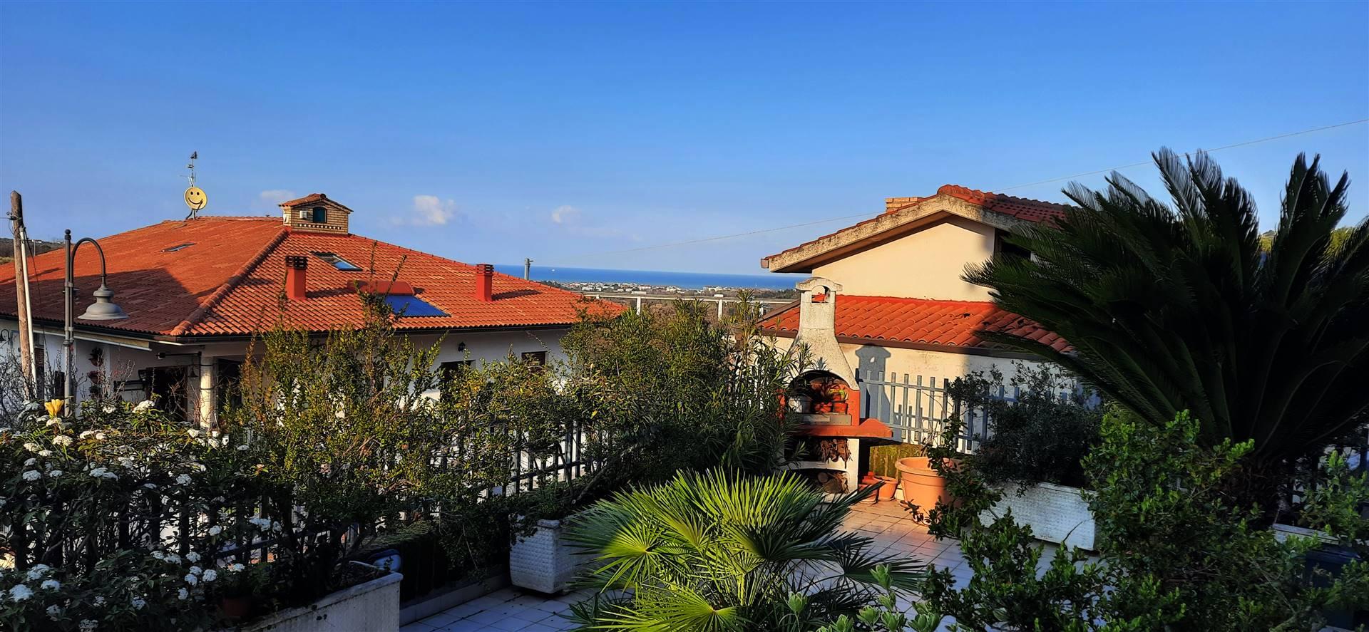 Appartamento in vendita a Torrevecchia Teatina, 6 locali, prezzo € 139.000   PortaleAgenzieImmobiliari.it