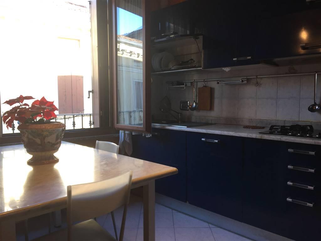 Appartamento in vendita a Viadana, 3 locali, prezzo € 83.000 | CambioCasa.it