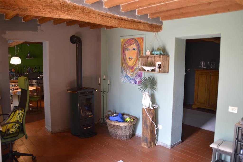 Soluzione Indipendente in vendita a Dosolo, 5 locali, zona Località: VILLASTRADA, prezzo € 150.000 | CambioCasa.it