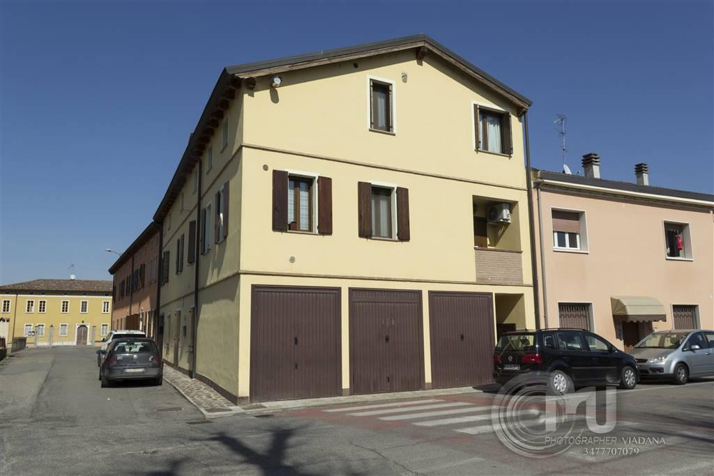 Appartamento in vendita a Viadana, 3 locali, prezzo € 91.000 | CambioCasa.it