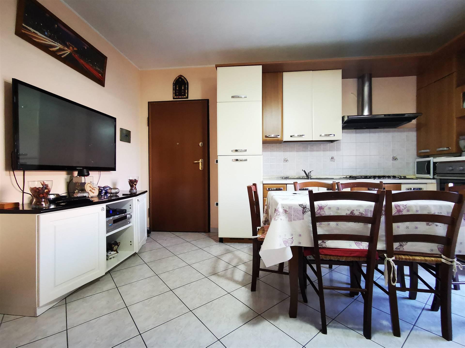 Appartamento in vendita a Viadana, 3 locali, prezzo € 67.000 | CambioCasa.it