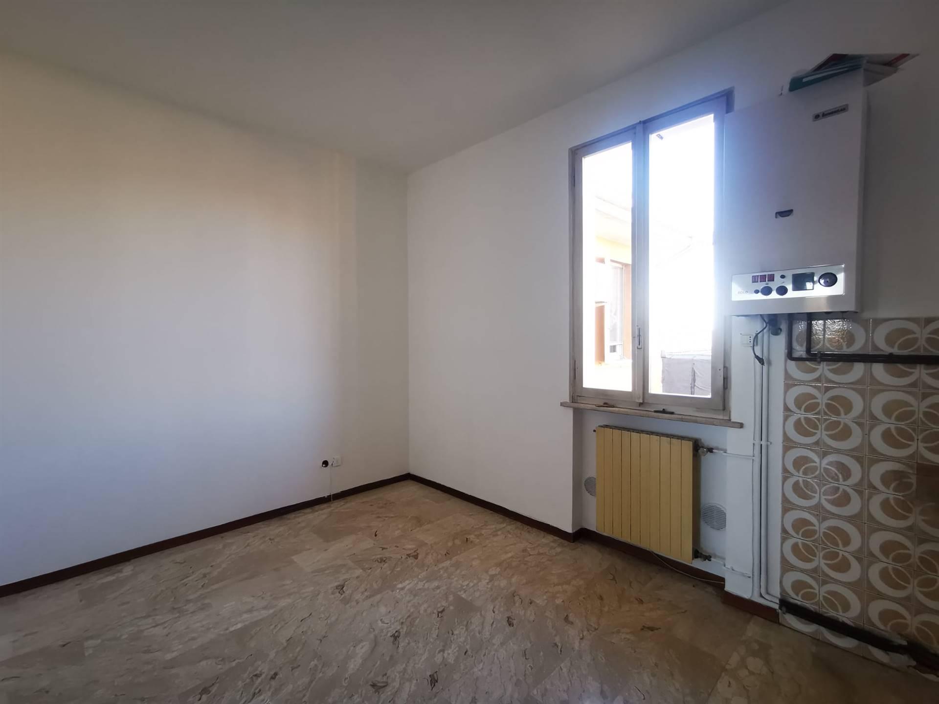 Appartamento in vendita a Pomponesco, 3 locali, prezzo € 44.000 | CambioCasa.it