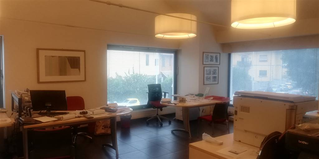 OSMANNORO, FIRENZE, Commercialproperty for sale of 160 Sq. mt., Excellent Condition, Heating Individual heating system, Energetic class: G, composed