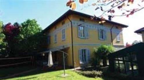 Villa in Via Giuseppe Parini 8, Costa Lambro, Carate Brianza