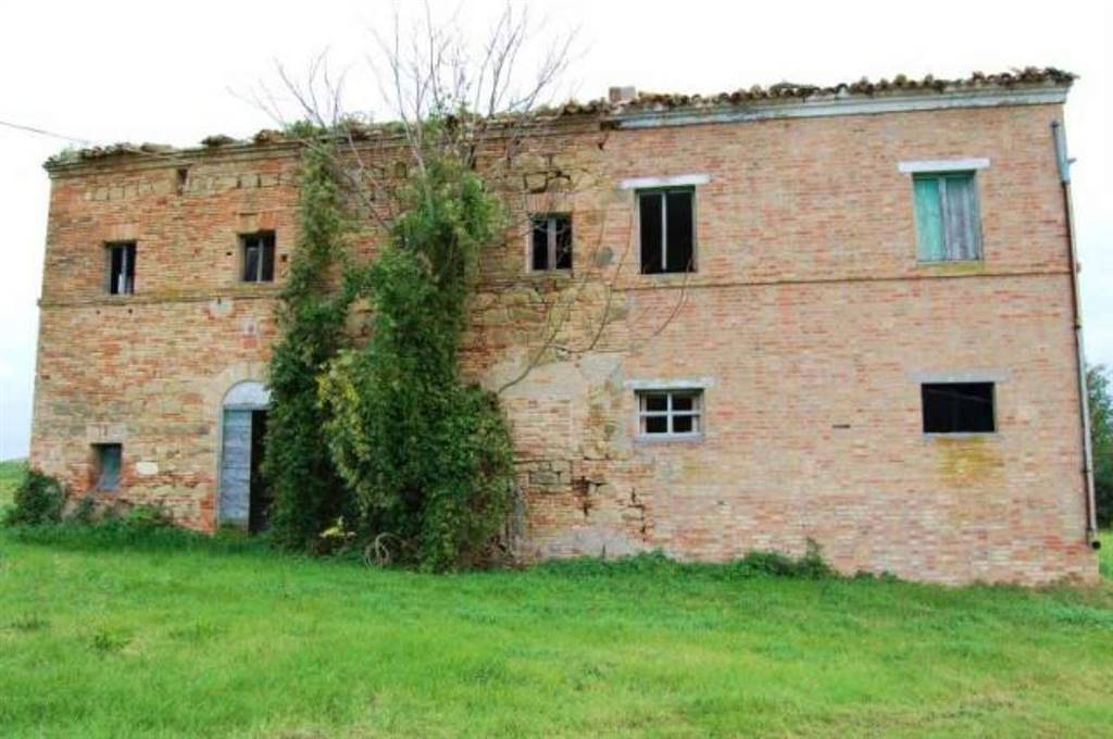 Country House in Treia MC