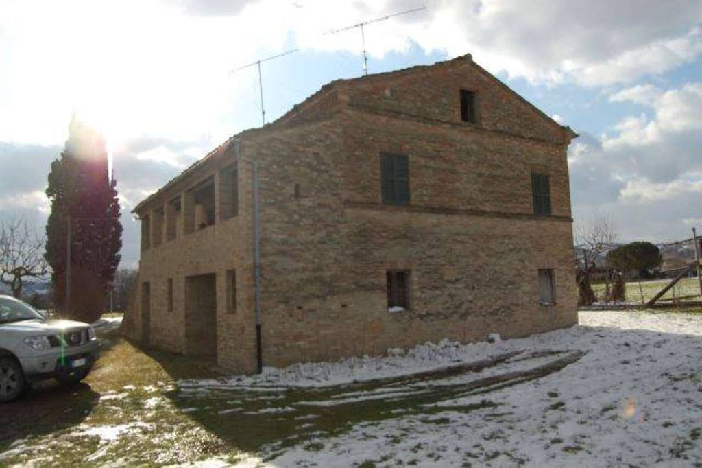 Country House in Falerone FM