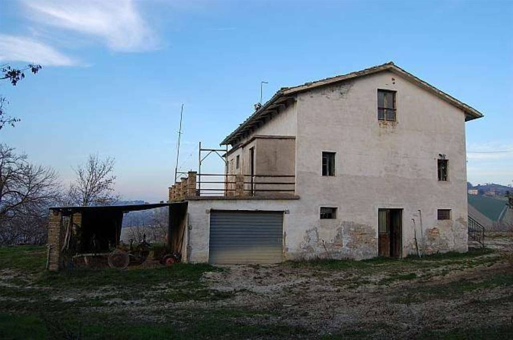 Country House in Monteleone Di Fermo FM