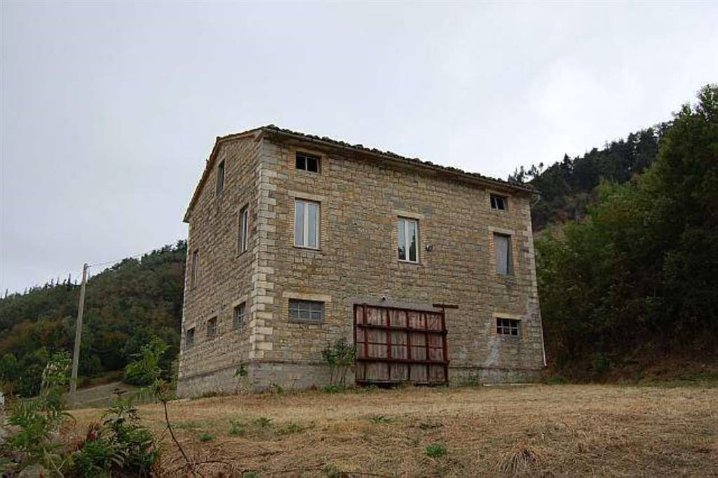 Country House in Penna San Giovanni MC