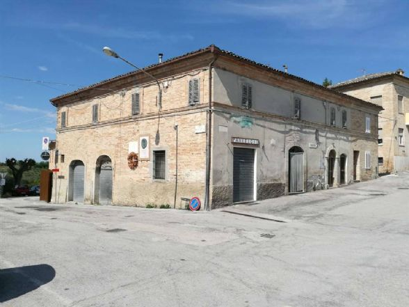 Indipendent House in Montottone FM