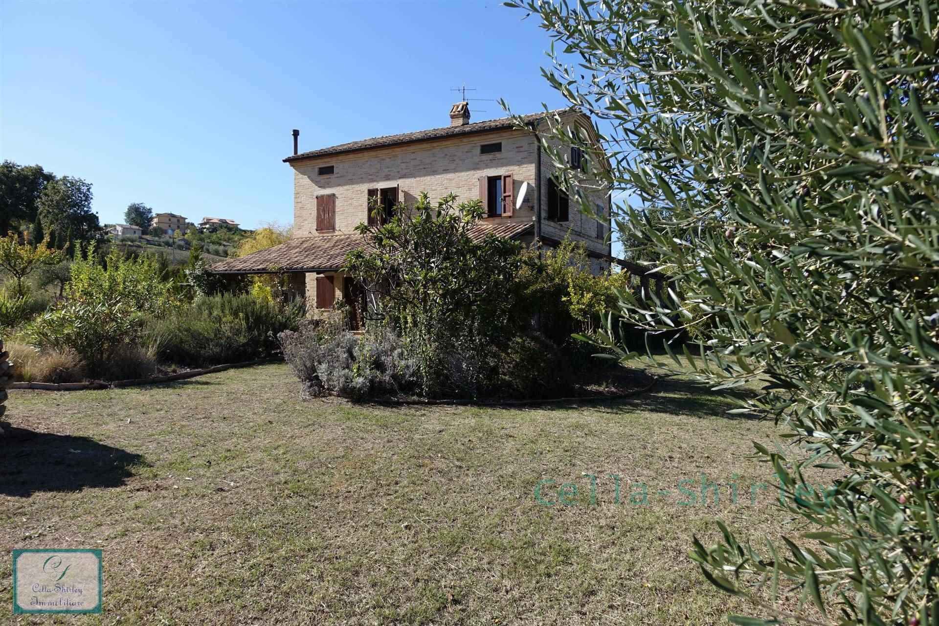 Farmhouse in Rapagnano FM