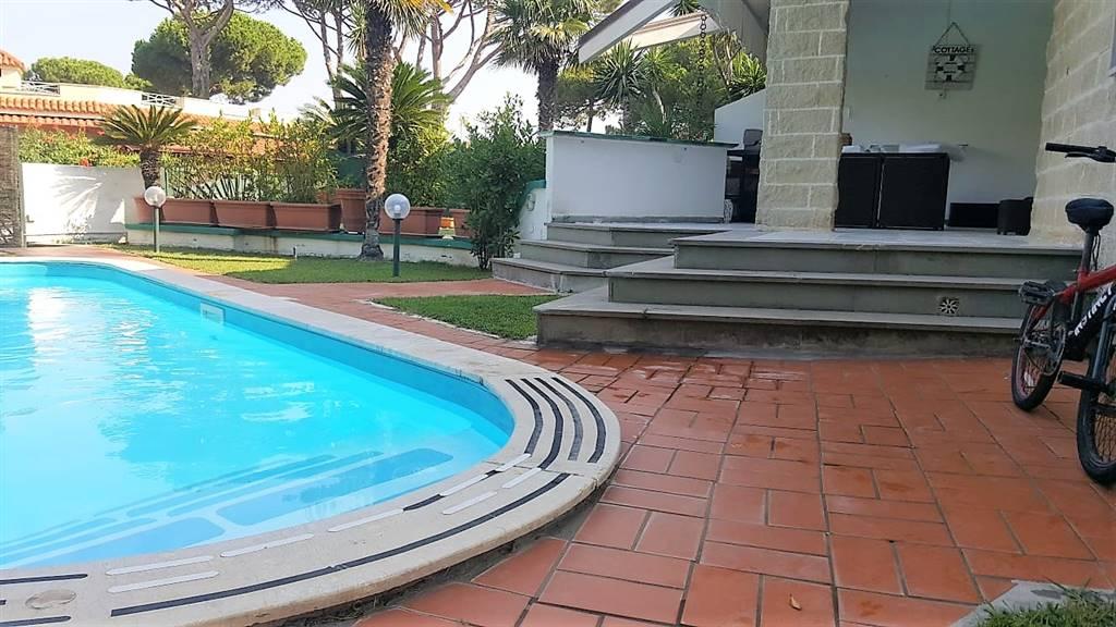 Villa a schiera, Cellole, ristrutturata