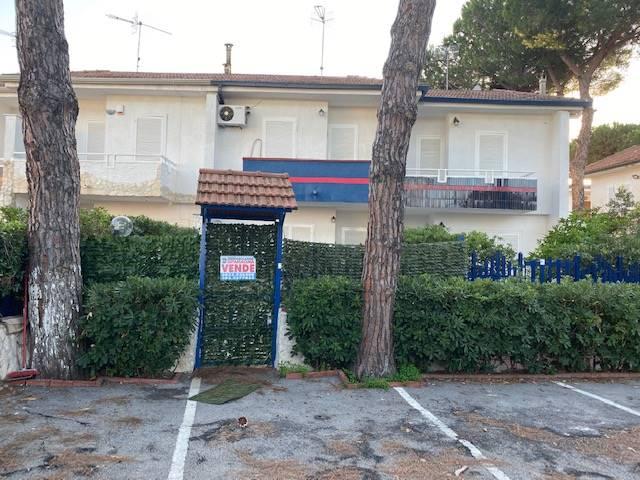 Villa a schiera, Baia Domizia, Sessa Aurunca, ristrutturata