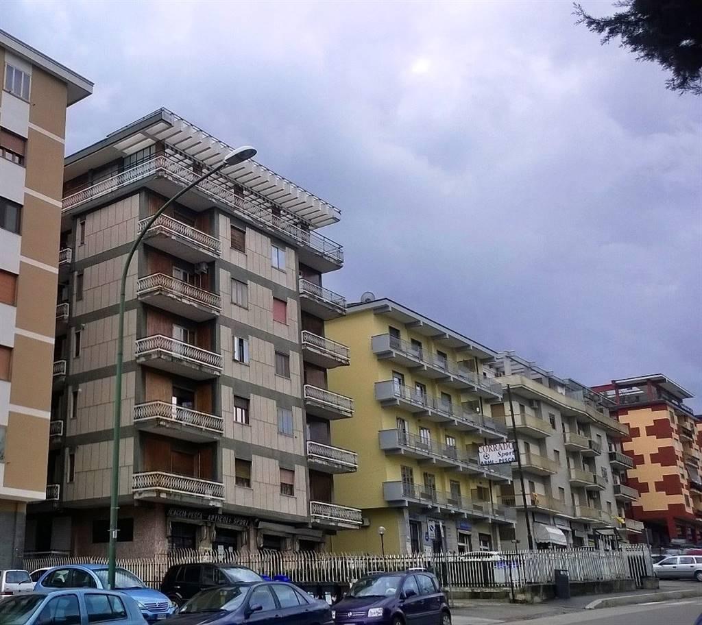 Trilocale, Libertà, Benevento