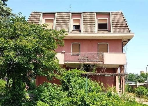 Villa in Via Varese, Muggio'