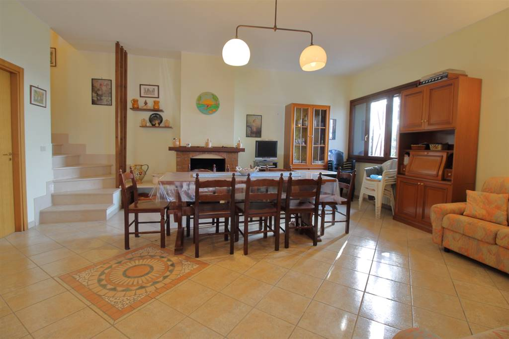 SELVA DI FASANO, FASANO, Villa for sale of 110 Sq. mt., Good condition, Heating Individual heating system, Energetic class: G, Epi: 165 kwh/m2 year,