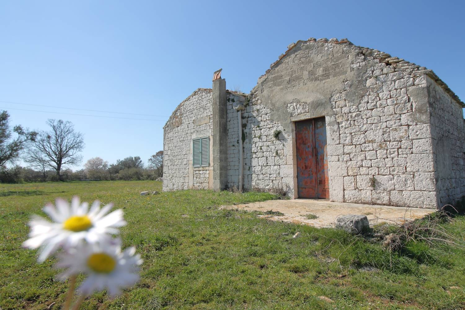 NOCI, Farmhouse for sale of 80 Sq. mt., Be restored, Heating Non-existent, Energetic class: G, Epi: 165 kwh/m2 year, placed at Ground, composed by: 3