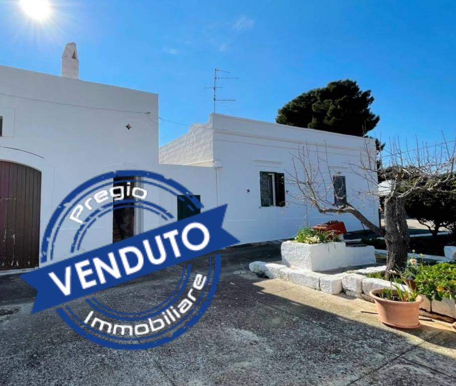 LASSUNTA, MONOPOLI, Farmhouse for sale, Good condition, Heating Individual heating system, Energetic class: G, Epi: 165 kwh/m2 year, placed at Ground, composed by: 5 Rooms, Separate kitchen, , 2