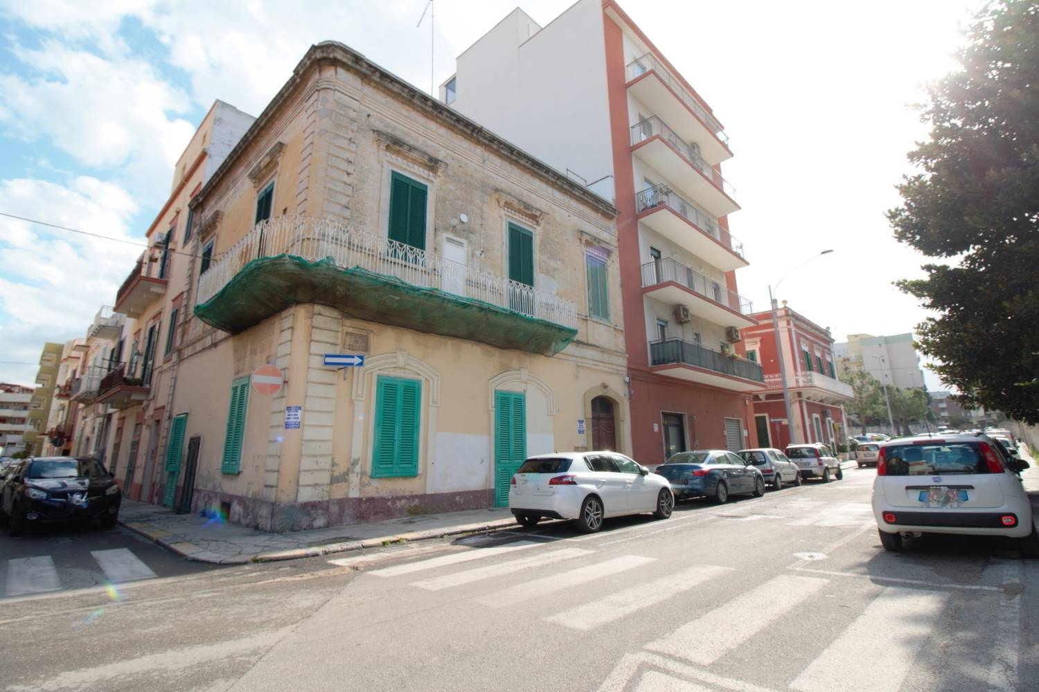 MONOPOLI, Apartment for sale of 105 Sq. mt., Habitable, Heating Individual heating system, Energetic class: G, Epi: 165 kwh/m2 year, placed at Ground, composed by: 4 Rooms, Separate kitchen, , 3