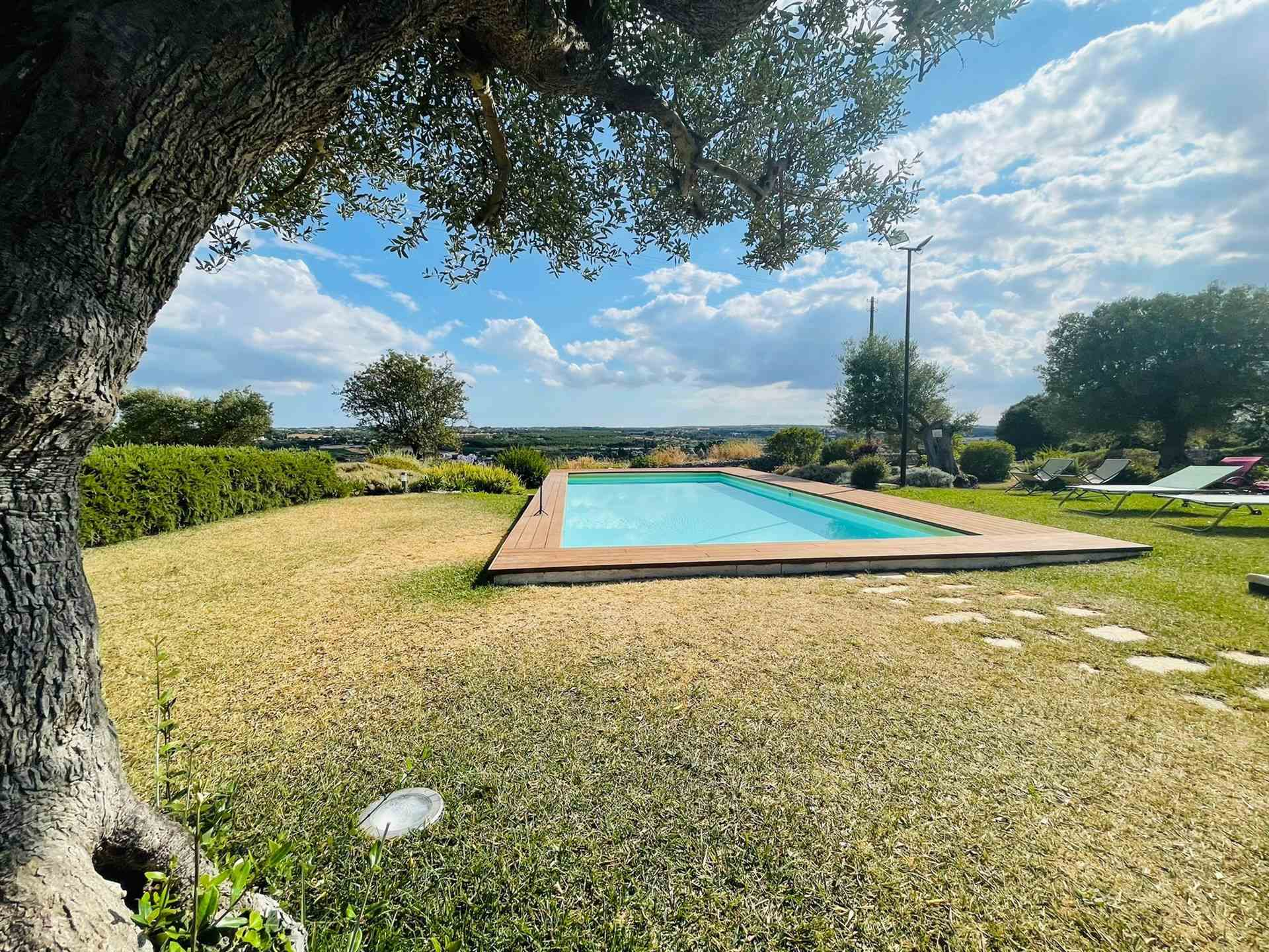 MARTINA FRANCA, Homestead for sale, Excellent Condition, Heating Individual heating system, Energetic class: G, Epi: 165 kwh/m2 year, composed by: 10 Rooms, 10 Bedrooms, Elevator, Price: € 2,450,000